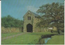 Postcard - Churches -Cleeve Abbey, Somerset, Gatehouse From South East - Unused Very Good - Postcards