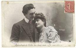Amoureux - Cachet Postal B.M Dans Une Ovale ....  (111679) - Couples