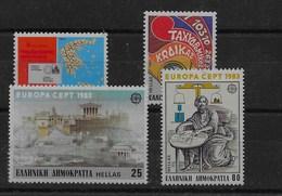 2 Series De Grecia Nº Yvert 1489/90 Y 1491/92 ** - Grecia