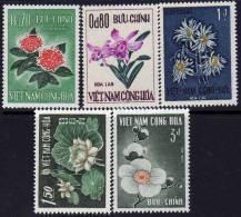 Vietnam Du Sud N° 264 / 68 XX Festival D'Automne : Fleurs Diverses La Série Des 5 Valeurs  TB - Viêt-Nam