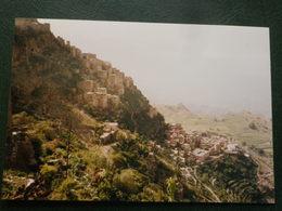 Yemen Un Village Perché Sur La Montagne   Photo Originale 1998      14 X 9.5 - Photos