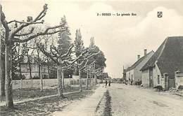 Dpts Div.-ref-AF965- Côte D Or - Ouges - La Grande Rue - Carte Bon Etat - - France