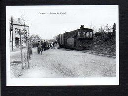 Belgique / Attention ! Photographie,copie Carte Postale ( Fond Neudin ) Corbion / Arrivée Du Vicinal - Bouillon