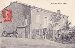 CPA,Animée (81) LEMPAUT Atelier Métier  (2 Scans) - France