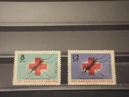 VIETNAM NORD - 1962 CROCE ROSSA/INSETTO 2 VALORI -- NUOVI(++) - Vietnam