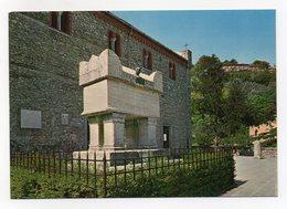 Arquà Petrarca (Padova) - Tomba Del Poeta - Non Viaggiata - (FDC14257) - Padova
