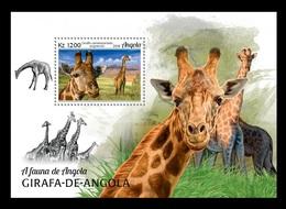 Angola 2018 Mih. 2030 (Bl.171) Fauna Of Angola. Giraffes MNH ** - Angola
