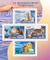 Togo  2014  Fauna  Global Warming Polar Bear  ,coral - Togo (1960-...)