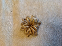 Bijoux. 2. Broche En Forme De Fleur - Brooches