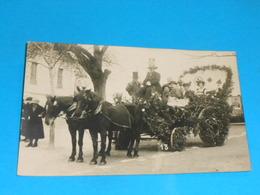 "36 ) Chatillon-sur-indre - Carte Photo  "" Cavalcade ""  N° 13 :  On Coinche : Photo  BOIDRON - France"