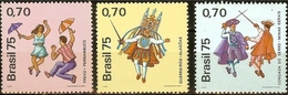 BRAZIL #1403-05  - FOLKLORE NATIONAL - FOLK FESTIVAL - FESTIVITIES 1975 - Unused Stamps