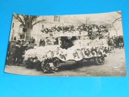 "36 ) Chatillon-sur-indre - Carte Photo  "" Cavalcade ""  N° 10 : Camion Fleurie - France"