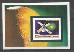 MADAGASCAR HOJITA OPERATION VIKING MARTE MARS SPACE ESPACIO ROCKET - Space