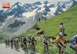 AQ13 Sports - Cycle Race On Mountain Road - Cycling