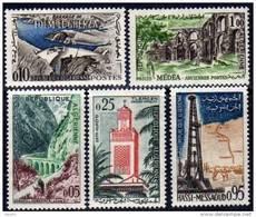Algérie N° 364 / 68 XX  Timbres De France De 1959 / 61 Les 5 Valeurs Sans Charnière  TB - Algérie (1962-...)