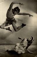 Lot De 2 Photographies D'un Ballet Russe - Reproduction ? - Danza