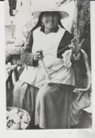 Postcard - DonaToribia De Martinez Spinning Tarabuco - Bolivia - Unused Very Good - Postcards