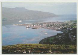 Postcard - Ullapool And The Reflections In Loch Broom, Ross And Cromarty - Posted  9th June 2000 Very Good - Postcards