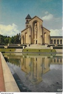 ORVAL ..-- Cour D' Honneur De L' ABBAYE . - Florenville