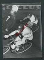 Anvers. Sportpaleis. Cyclisme. . Gilerme Timoner Grand Prix De La Ville D'Anvers 31/01/1960.Photo Belga Sport -Voir Dos. - Cyclisme