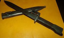 BAIONNETTE FABRICATION BELGE POUR FUSIL D'ASSAUT F.A.L (fusil Automatique Léger)...FABRIQUE DES 1953, ETUI EN METAL - Armes Blanches