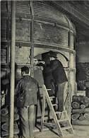 Hauts De Seine -ref-927- Sèvres - Manufacture Nationale De Porcelaine - Four En Activité - Poterie - Metiers - - Sevres