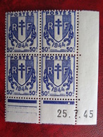 1946-40 CERES N° 673 ** TYPES CHAINES BLOC DE 4 COIN DATES - Dated Corners