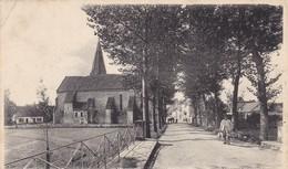 36. ECUEILLE. CPA. LES PONTS ET AVENUE DE L'EGLISE. ANNEE 1906 - France