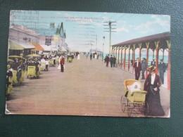 CPA ETATS UNIS ROLLING CHAIRS ON THE BOARDWALK  ATLANTIC CITY ANIMEE - Atlantic City