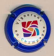 Capsule, Muselet : VIGNERONS EN CHAMPAGNE, Bordure Bleu, Logo - Champagne
