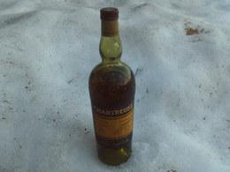 Tres Vieille Bouteille  Chartreuse Des Peres Chartreux  Fabrique A La Grande Chartreuse 5 Etoiles - Spirits