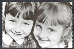 Enfants Du Chanteur Eddie Defaca, Karin Et Rebecca 1966 - Zangers En Musicus