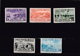 Cuba Nº A17A Al A21A Con Charnela - Poste Aérienne