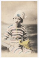 Beautiful Japanese Woman In Swimsuit, Reprinted Early Image On C1990s/2000s Vintage Postcard - Pin-Ups