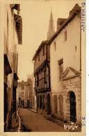79  - SAINT-MAIXENT - Pittoresque Rue De La Croix  - - Saint Maixent L'Ecole