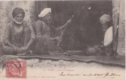 Cpa Tunisie - TUNIS - Armurier Indigène (1902) - Tunisie