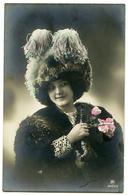PRETTY WOMAN WITH HUGE HAT - Women