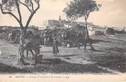 Afrique Tunisie SOUSSE Groupe De Gourbis Et La Casbah   (- Editions LL N°84) *PRIX FIXE - Tunisia