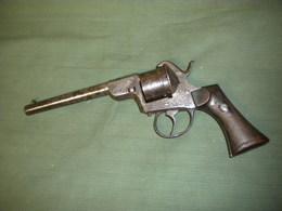 Ancien Revolver à Broche - Armes Neutralisées