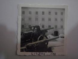 1 Photo (ra5) - Portugal - Lisboa - Anonymous Persons