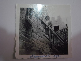 1 Photo (ra5) - Portugal - Almourol - Anonymous Persons