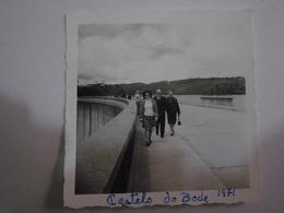1 Photo (ra5) - Portugal - Castelo De Bode - Anonymous Persons