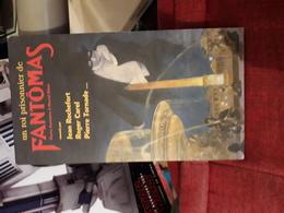 3 Cd Dans Coffret Un Roi Prisonnier De Fantomas  Raconte Par J Rochefort R Carel P Tornade - CD