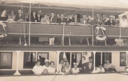 AK - Abbazia Hafen - Menschen Am Ausflugsschiff Nach Lovran (Laurana) - 1924 - Kroatien