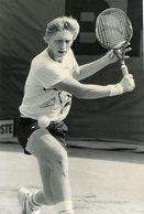 TENNIS  -  BORIS BECKER  Un Champion Aux Masters De New-york  En 1986 - Sports