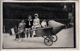 BAMBINI SU AEREO GIOCATTOLO CHILDREN ON TOY PLANE - FOTOCARTOLINA ORIGINALE 1930/40 - Aviation