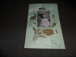 Enfant ( 2398 )    Fillette   Gaufrée  Reliëf - Enfants