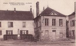 MAREUIL SUR OURCQ 60 ( LA MAIRIE ET LE MONUMENT AUX MORTS ) - Other Municipalities