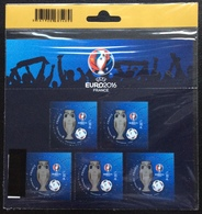 FRANCE 2016 BF137 NEUF ** - EURO 2016 UEFA Football 3D Verni , Bloc-feuillet Sous Blister Non Ouvert 1,00 € X 5 Timbres - Blocs & Feuillets
