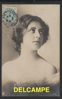 DF / FANTAISIES / JEUNE FEMME SONGEUSE / 1904 - Femmes